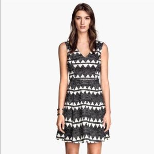 H&M Black and White Short Aztec Casual Party Dress